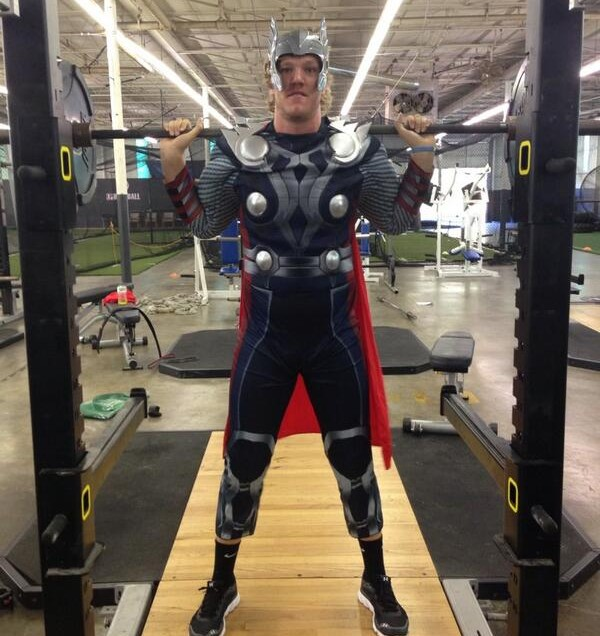 noah syndergaard gets ready to drop the hammer on the majors 27 in